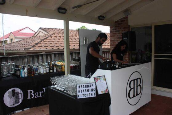 sydney-mobile-bar-setup-559x373